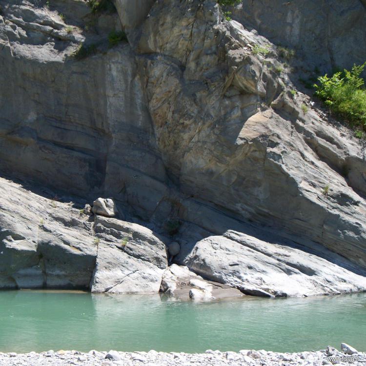 Torrente enza foto della natura e del fiume fdsa - Piscina naturale ...